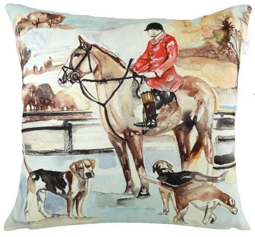 Jennifer rose hunting cushion
