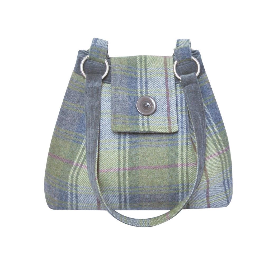 Ava Tweed bags